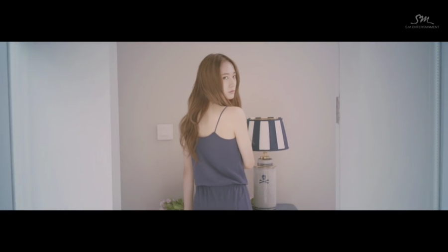 4 Walls – F(x) MV/Song Review~